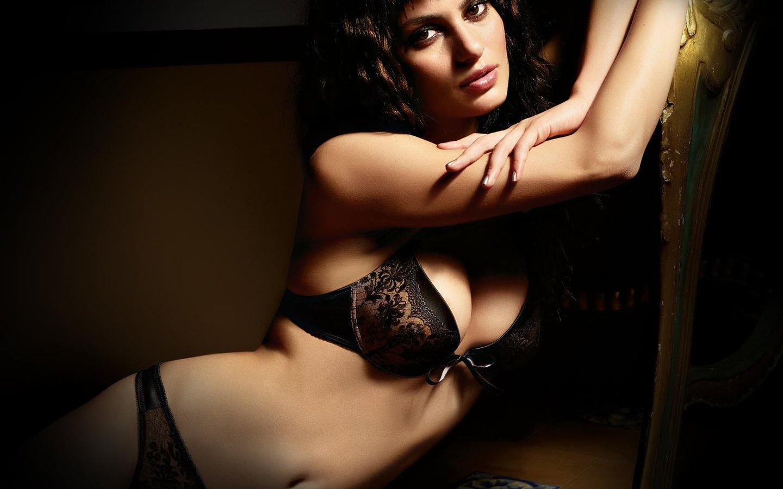 Секси девушки в красивом нижнем белье 20 фотография